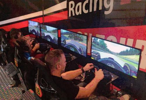 race simulators teambuilding